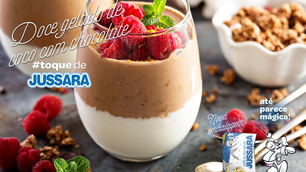 Imagem de Doce gelado de coco com chocolate